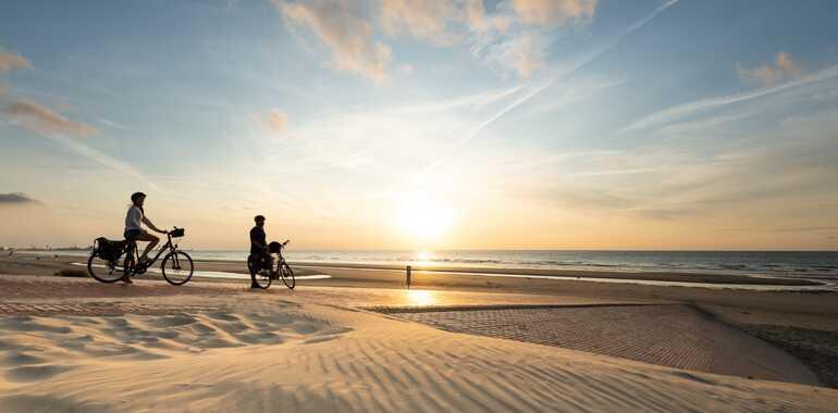 La Vélomaritime / EuroVelo 4: Bray-Dunes / Dunkerque